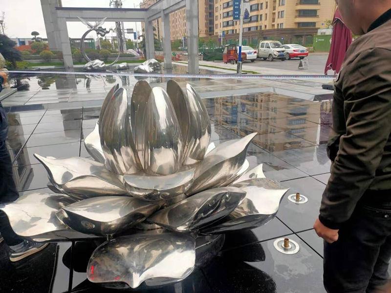 陕西不锈钢雕塑制作