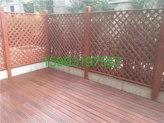 防腐木制作栏杆造型
