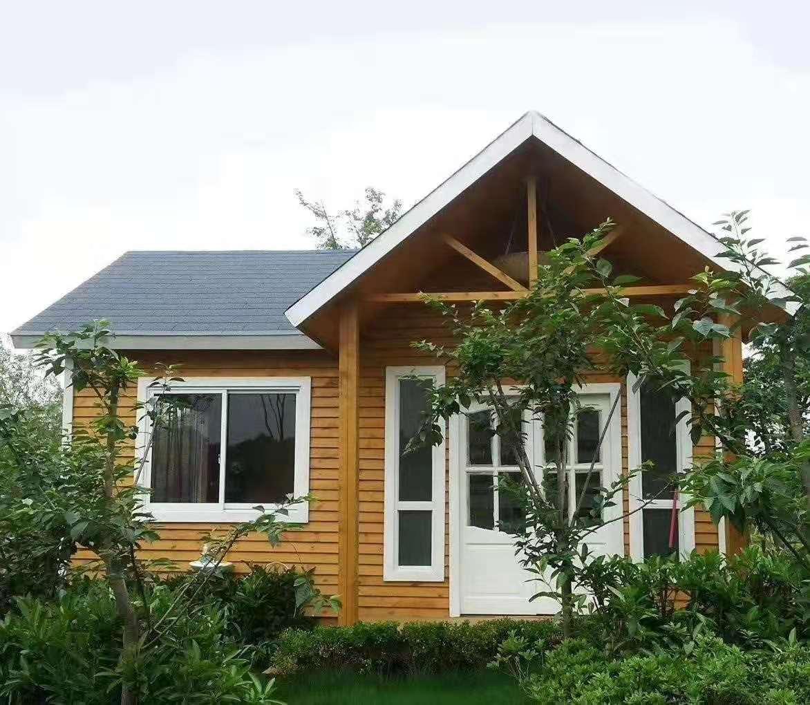 客户使用御景源防腐木建造木屋