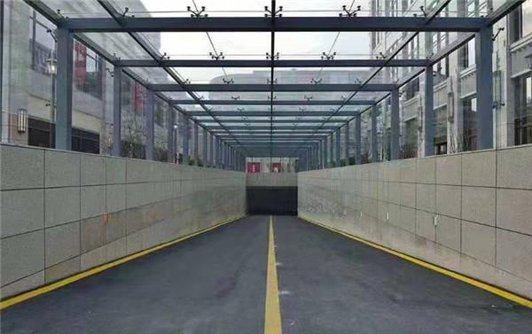 河南门窗为商都装置车库顶胜利案例