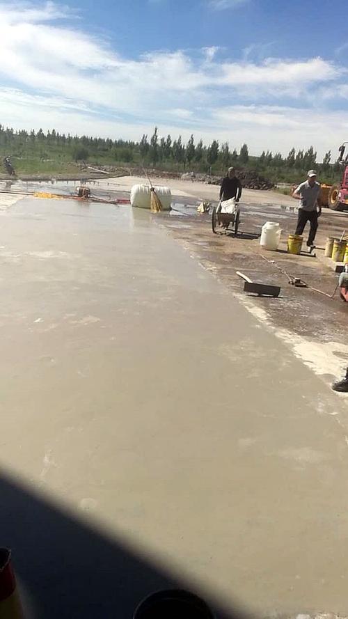 水泥路面修复砂浆的种类、方法和价格,鸿春建材为叫你讲解