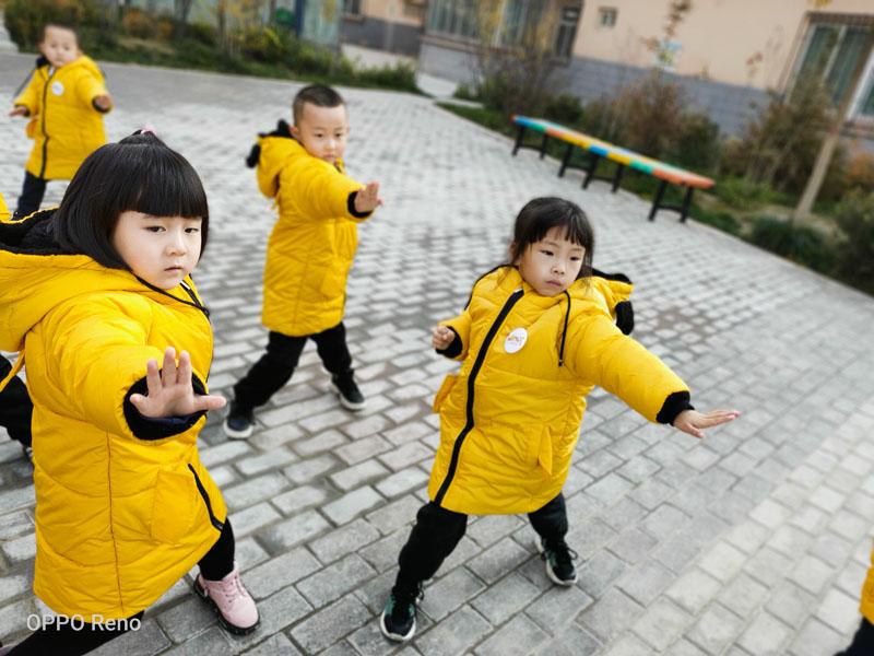 不怕冷的冬天-兰州芯儿幼儿园