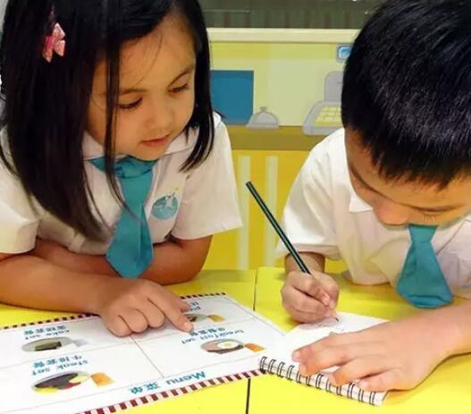 大家的育儿教育应该有一个明确的方向