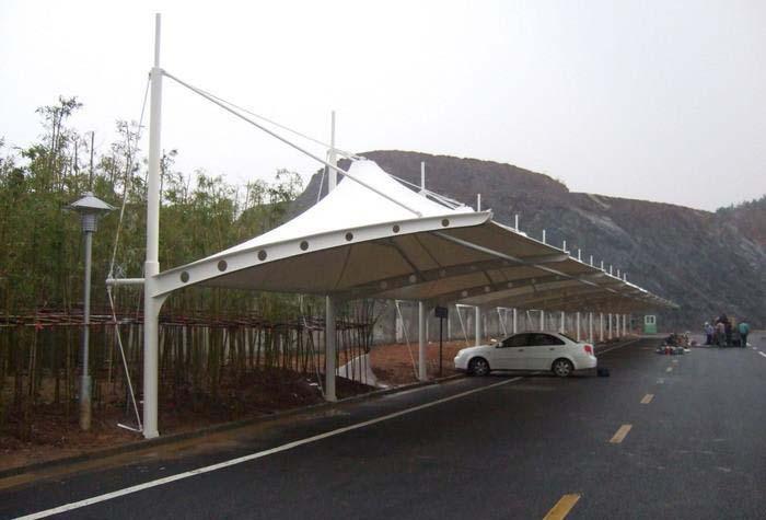 成都膜结构停车棚价格