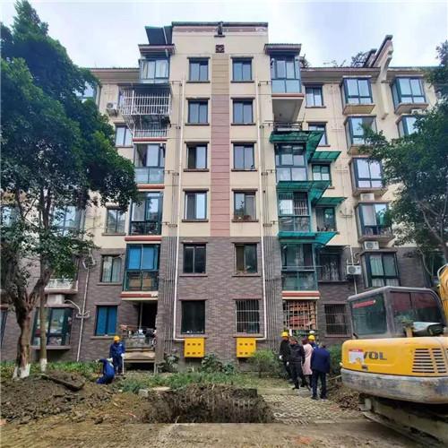 西子电梯温江区首例旧楼加装电梯项目正式开工