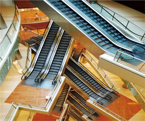 成都自动扶梯的配置型式与事故防范