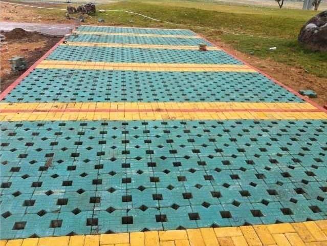 万科植草砖工程