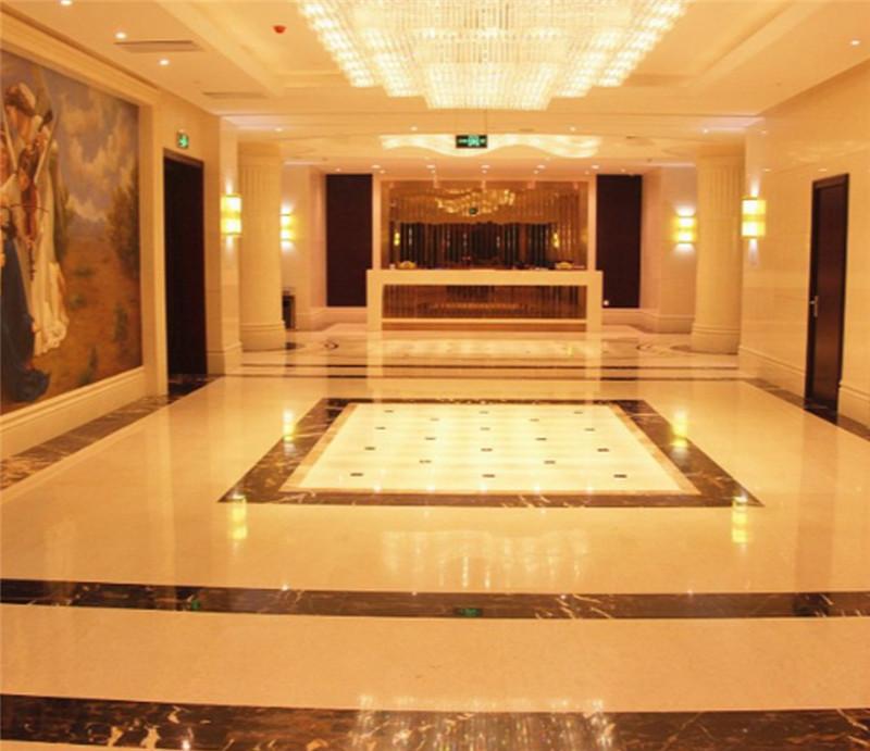 太阳神大酒店