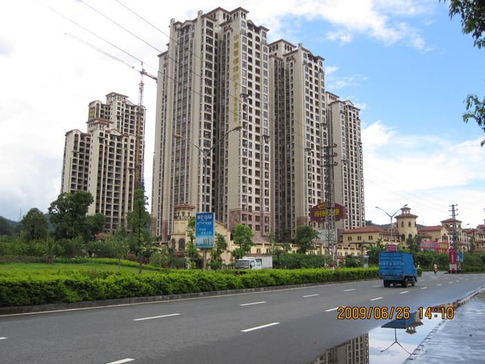 中惠香樟绿州外墙eps线条安装