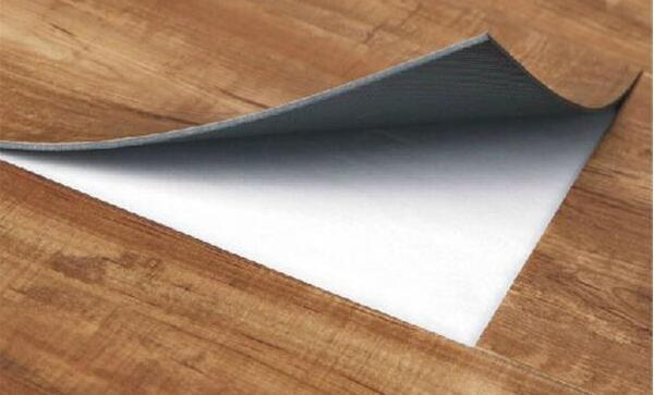 塑胶地板在不同时期应该如何保养,有哪些小技巧?