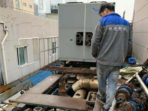 上海回收冷库施工现场
