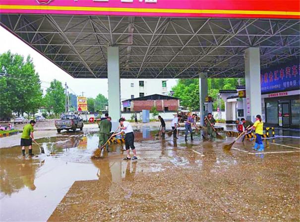 中国石油全力以赴防汛抗洪保安全