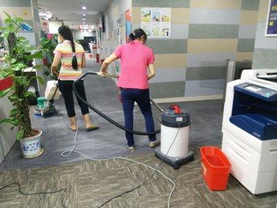 家政公司地毯清洁图片展示