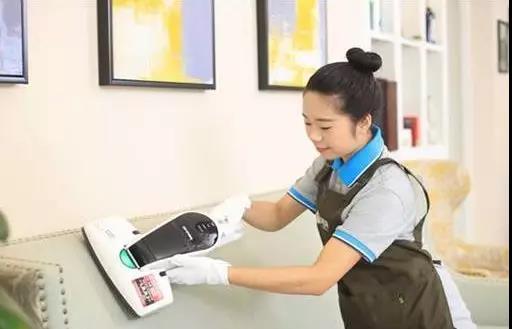 家政保洁服务工作图片展示