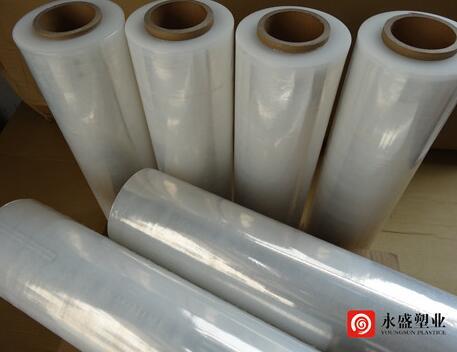 缠绕膜包装使包装物品均匀受力,避免对物品造成损伤