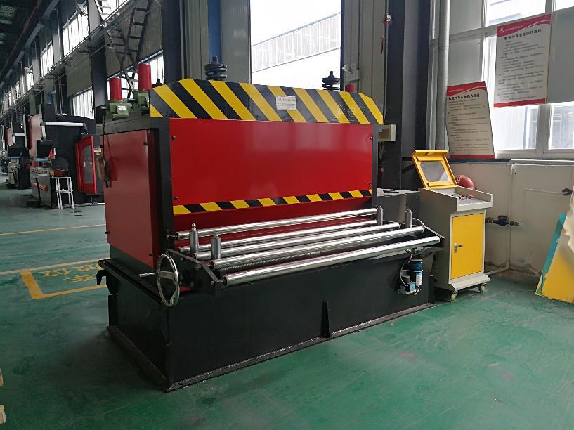 西安铝单板-生产设备