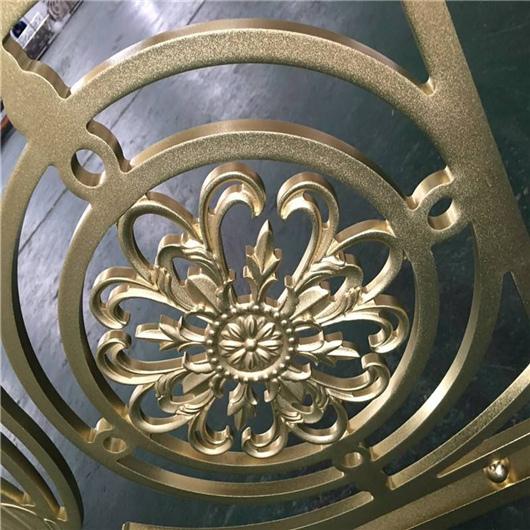 金属雕花板