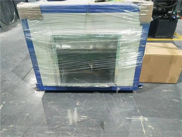 矩形风管我们生产制造的产品整装完毕为客户送达!