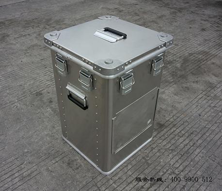 四川铝镁箱