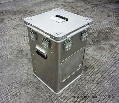 南充铝镁箱
