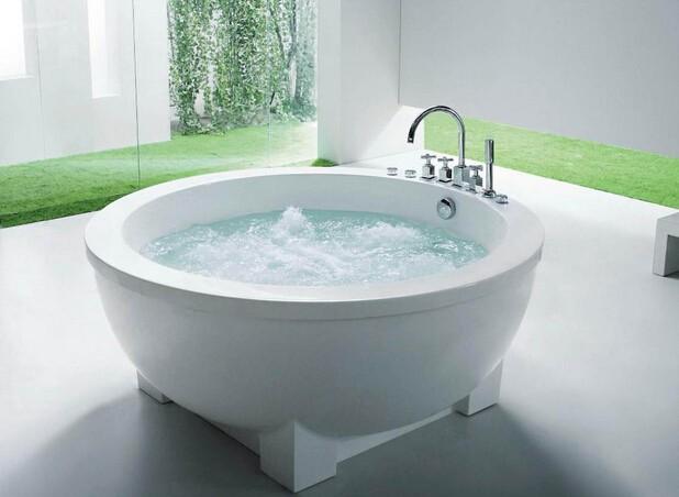 家中有浴缸的朋友一定不要错过这些浴缸保养的小知识