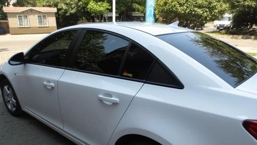 汽车车窗玻璃有没有必要贴膜?贴膜之后需要注意什么?
