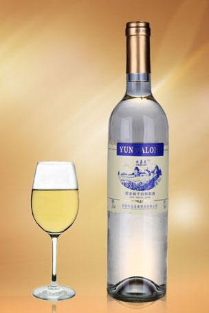 云嘉龙霞多丽干白葡萄酒