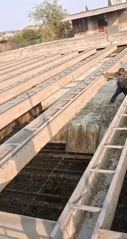 自来水厂沉淀池更换蜂窝斜管填料