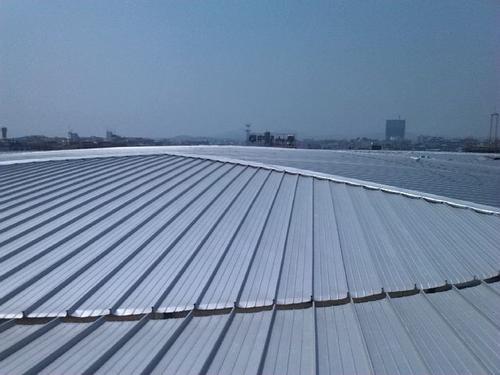 成都铝镁锰刚性防水板在建筑中的应用及其特点
