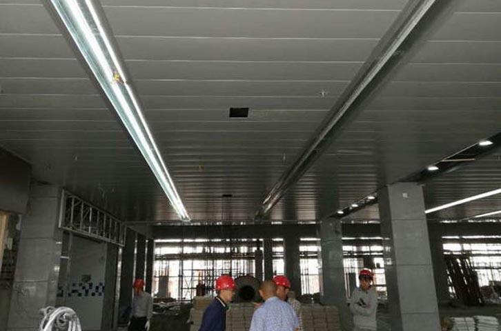 浅谈成都铝镁锰吊顶的材料选择?