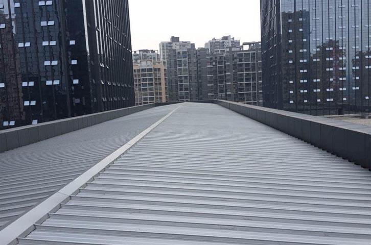 如何让成都铝镁锰屋面的安装变得更加的便利快捷