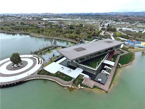 港中旅海泉湾售楼中心铝镁锰板屋面项目案例