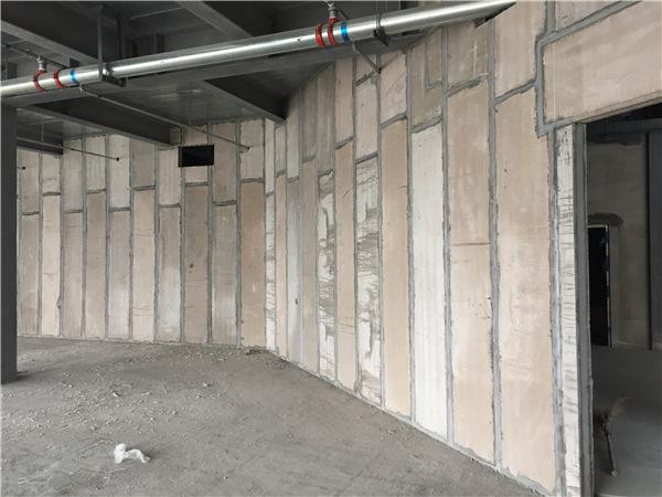 轻质隔墙板整体施工完以后的效果!