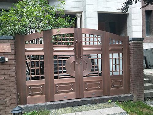 鸿基紫韵庭院铜门