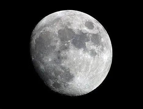 研究发现:月球正在生锈