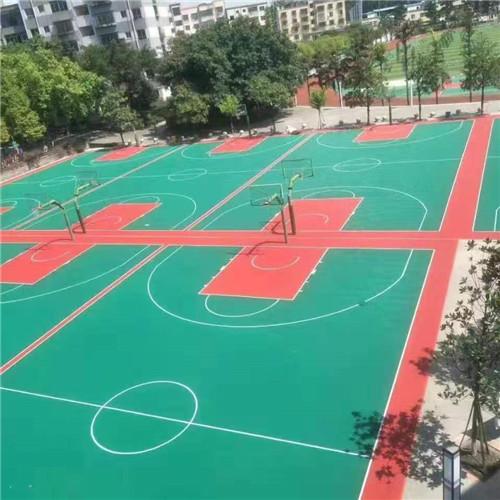 河南郑老八硅pu球场在工程施工前一定要查验硅PU延展性层和提升层是不是统一