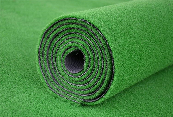 浅谈人工草坪的用途及特性