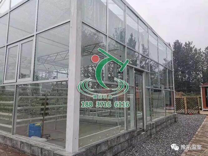 什么是小型玻璃温室,小型玻璃如何建造?