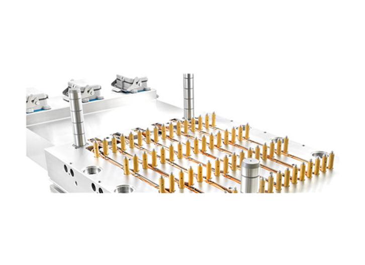 一出64腔针阀系统热流道系统