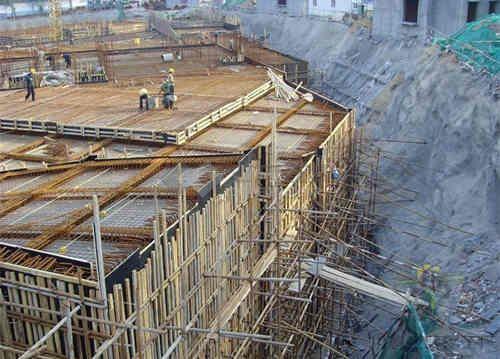 土建工程施工现场