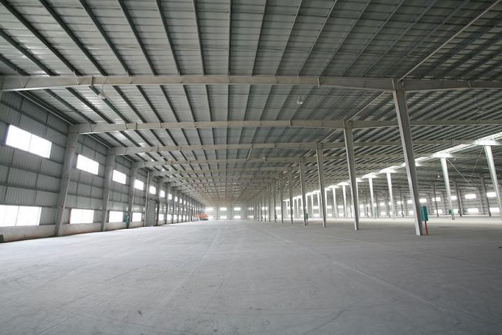 西安钢结构厂房厂带大家了解钢结构平台的保养与维护方法