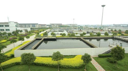 污水处理池一角