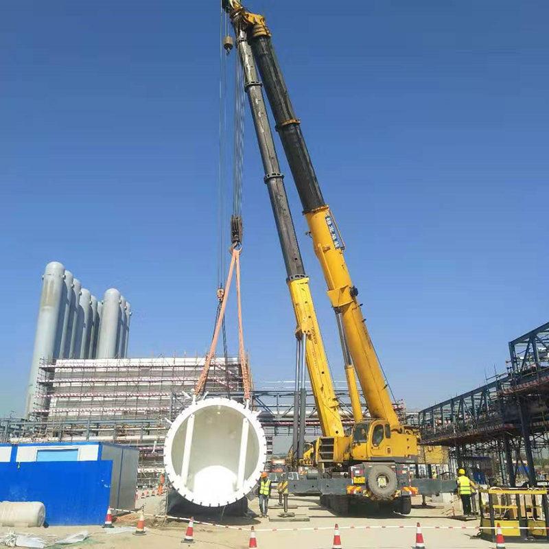 钢构吊装施工现场