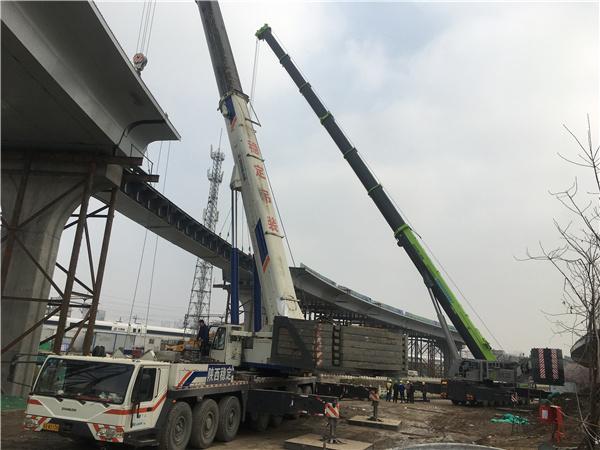 西安北客站交通枢纽钢梁桥架设