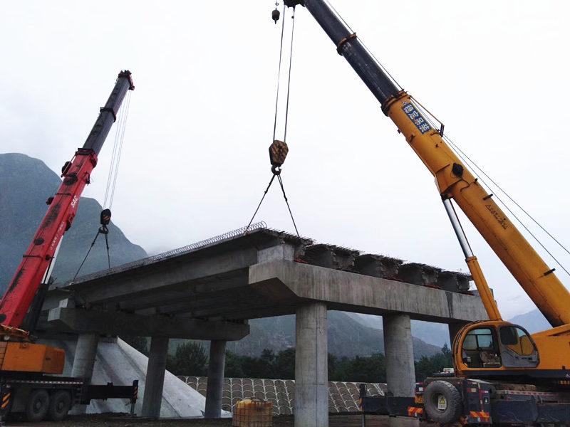 桥梁大事:城开高速温汤井大桥双幅T梁顺利架设完成