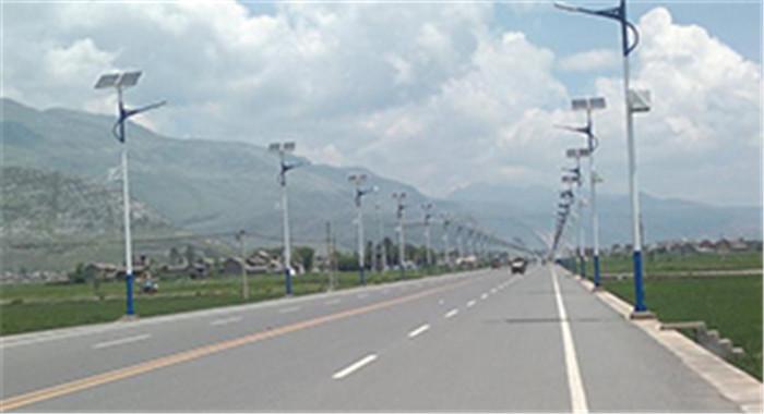 太阳能路灯施工安装原则,新疆灯具批发厂家告诉你