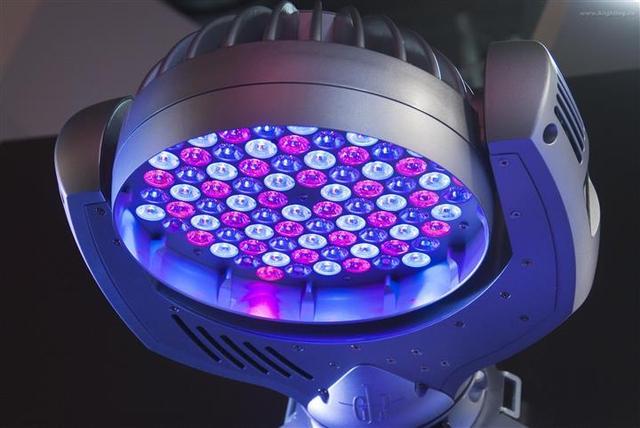 LED工业灯具优劣怎么分?8招教你搞定