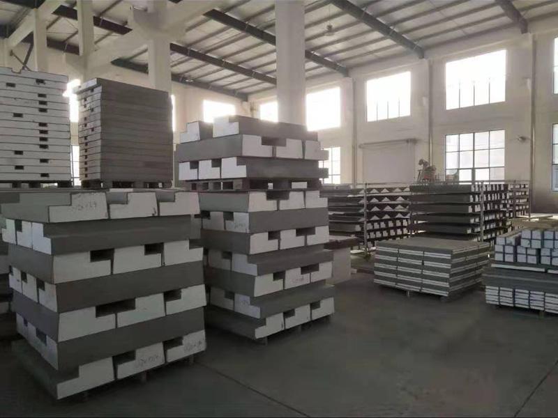 四川EPS线条生产厂家分享EPS线条生产设备在性能上的优势