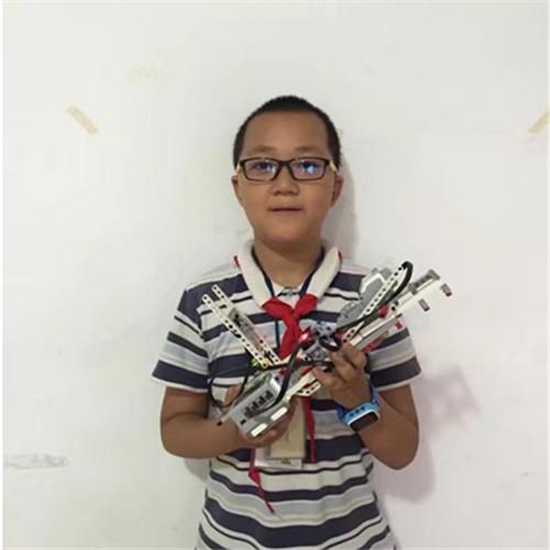 陈思远:11岁 西安仁厚庄小学