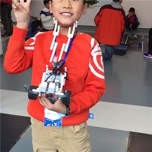 梁锐辉:11岁 西安工业大学附属小学